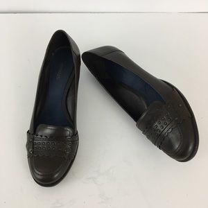 Aerosoles Brown Leather Loafers Size 9M